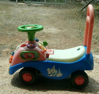 triciclo/ andador