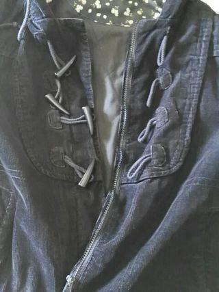 Cazadora pana negra talla 42