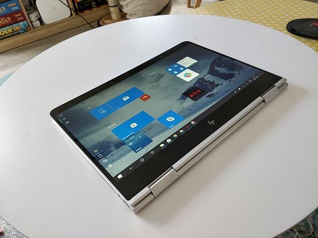 Ordenador portátil HP táctil tablet