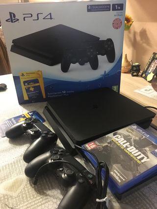 Playstation 4 de 1tb +2 mandos + 3 juegos