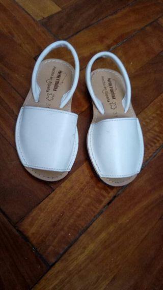 591c60a0 Sandalias para niños de segunda mano en Vigo en WALLAPOP