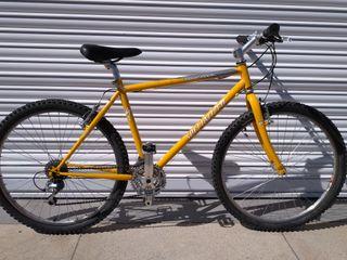 Bicicleta specialized hardrock mtb