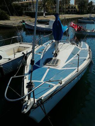 barco velero Sportina 620