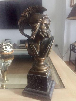 Figura de bronce antigua