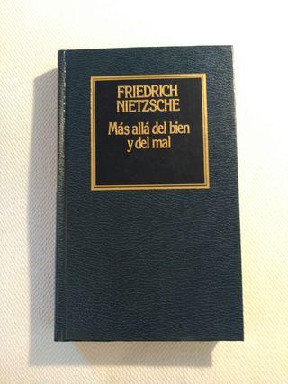 """""""Más allá del bien y del mal"""" F. Nietzsche"""