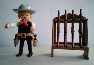 Playmobil sheriff con armero