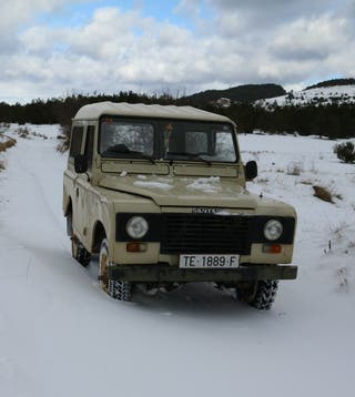Land Rover Defender 1991