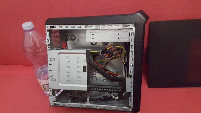 Caja Mini Atx de HP