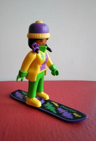 Playmobil esquiadora snowboard