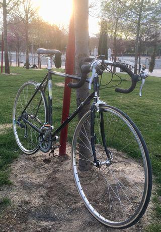 Bicicleta Decathlon R series t. 54