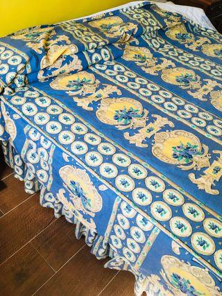 Colcha y cubrecolchon de tela de decoracion