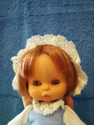 Muñeca May de Famosa años 80