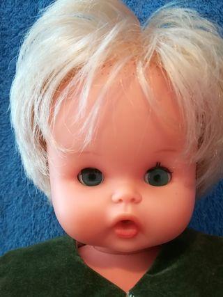 Muñeca Puly de Famosa años 70