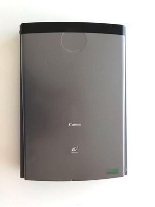 Escaner Canon CanoScan LiDE 35