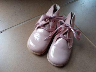 Lote calzado. Talla 26