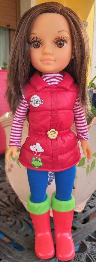 muñeca Nancy dia de lluvia