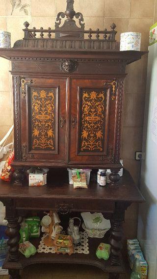 Mueble siglo 19.