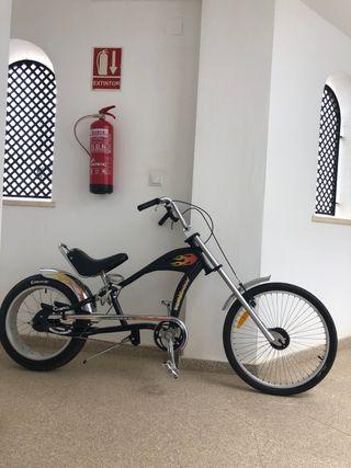 Bicicleta estilo choper