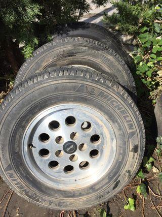 Llantas y neumáticos 4x4 medida 225/75/15