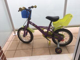 Bicicleta tamaño 14 + casco