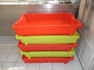 LOTE 10 CAJAS PVC REFORZADAS APILABLES Y ENCAJABLE
