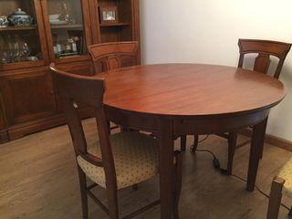 Mesa salón extensible y sillas