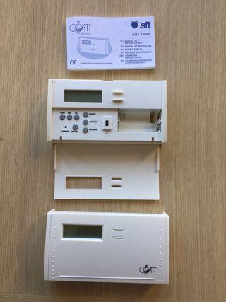 Dos Termostatos digitales con manual