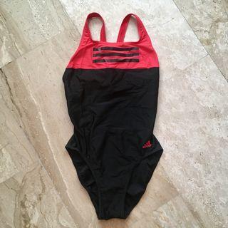 Bañador Adidas t32