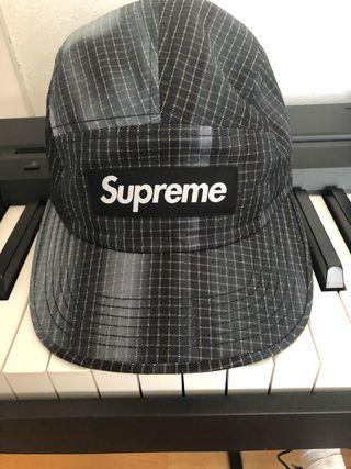 Supreme SS 19