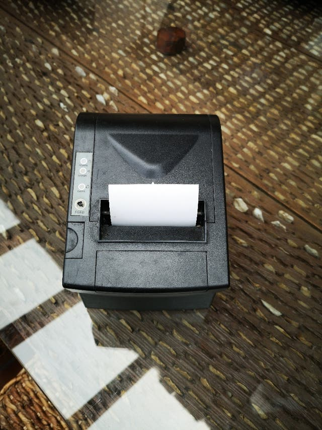 tpv completo, con balanza impresora tickets y pc