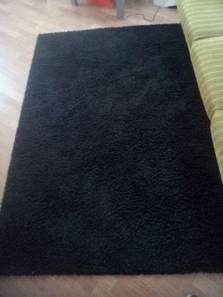 alfombra de Ikea negra