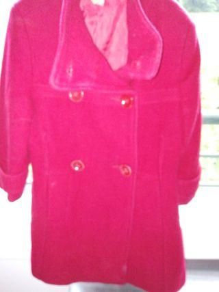 abrigo y vestido