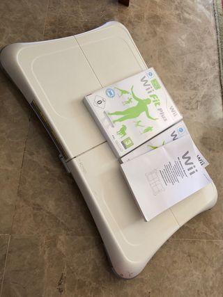 Wii BALANCE BOARD +juego y mandos