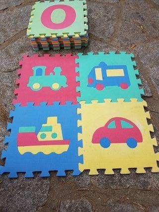 Alfombra puzzle niños gomaeva