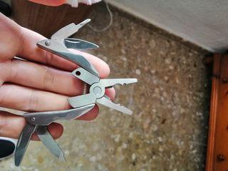 Navaja/herramienta plegable de acero inoxidable