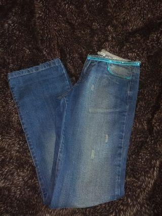 Pantalones vaqueros de campana, de moda