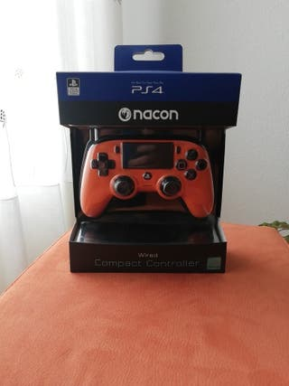 Mando Nacon PS4 Alambrico