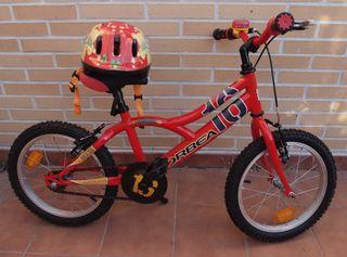 Bicicleta Orbea MX 16 y casco