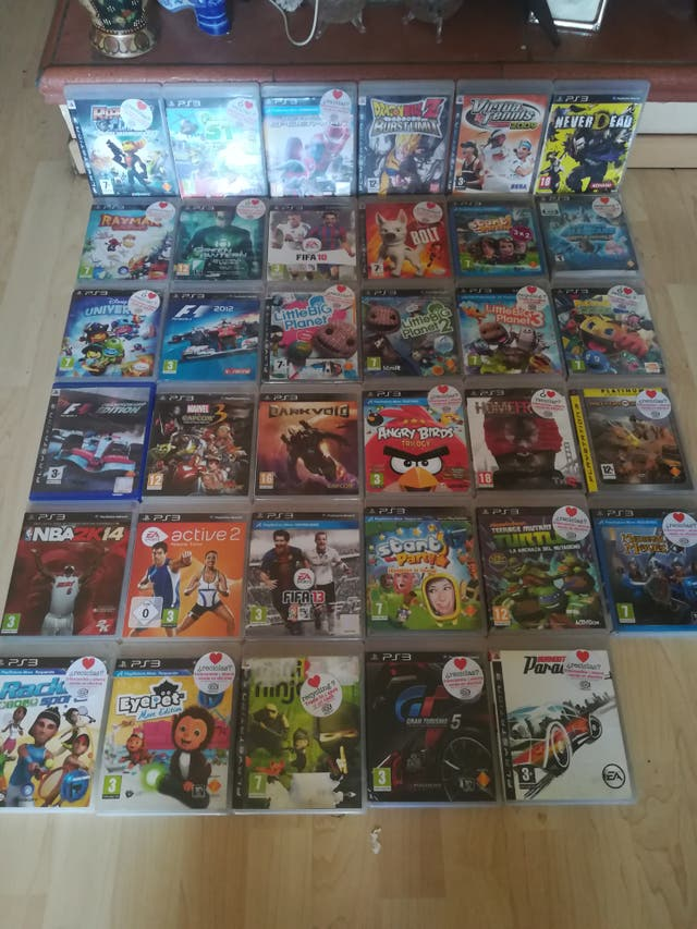 Playstation 3 slim blanca 500 gigas