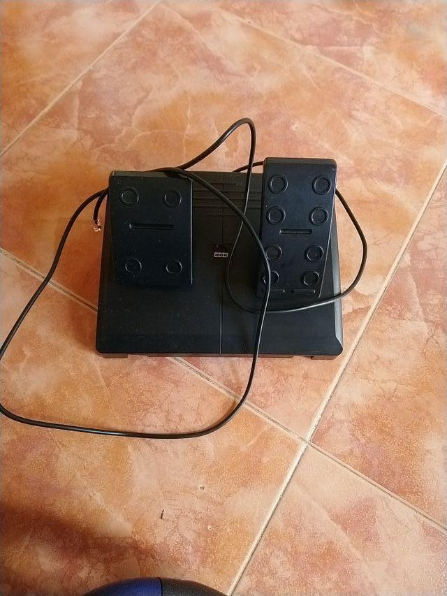 volante y pedales PS4