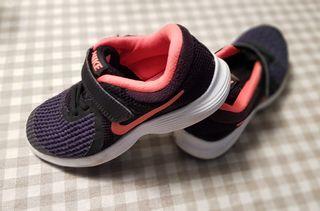 Zapatillas Nike 29.5