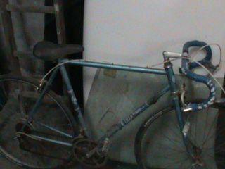 bicicleta de ciclismo antigua