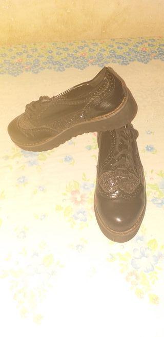 zapato negro para mujer