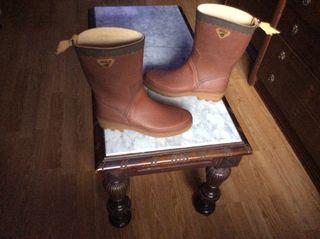 Botas de agua Aigle, T 41,color marrón.