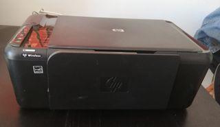 Escaner e impresora.