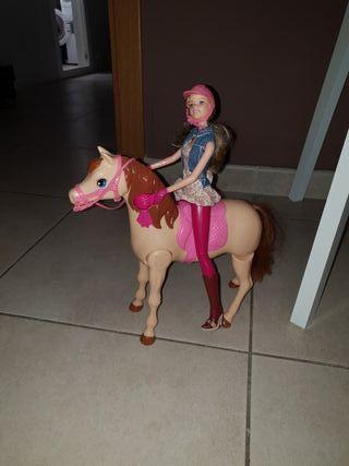 barbi con caballo