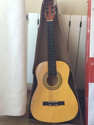 Guitarra nueva española clásica niño