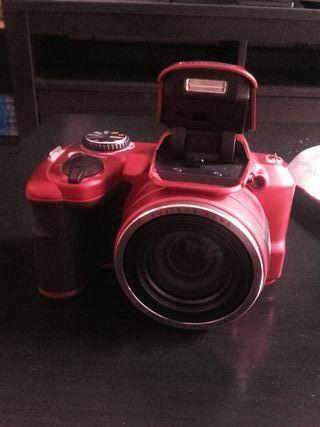 Cámara digital Fujifilm FinePix S8600