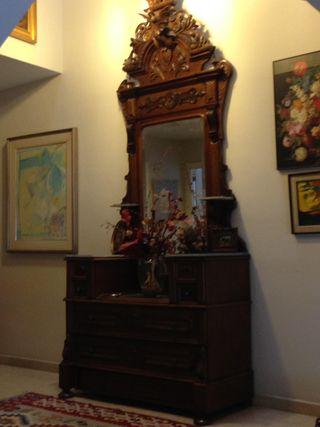 Mueble rústico antiguo