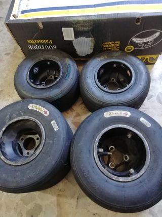juego de llantas más neumáticos
